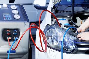 Réparation et charge climatiseur automobile